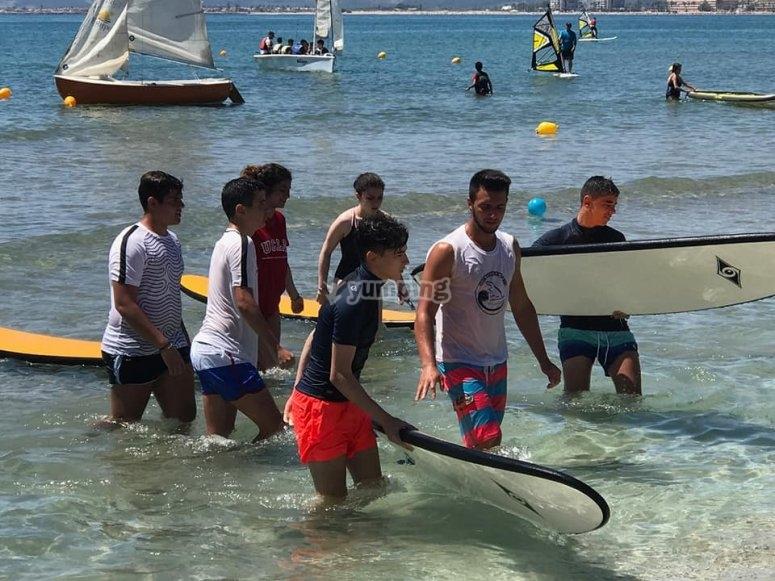 库列拉(Cullera)的冲浪课程