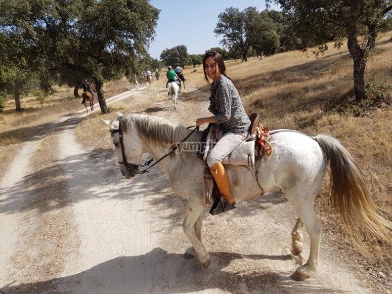 A caballo en los alrededores de Gredos
