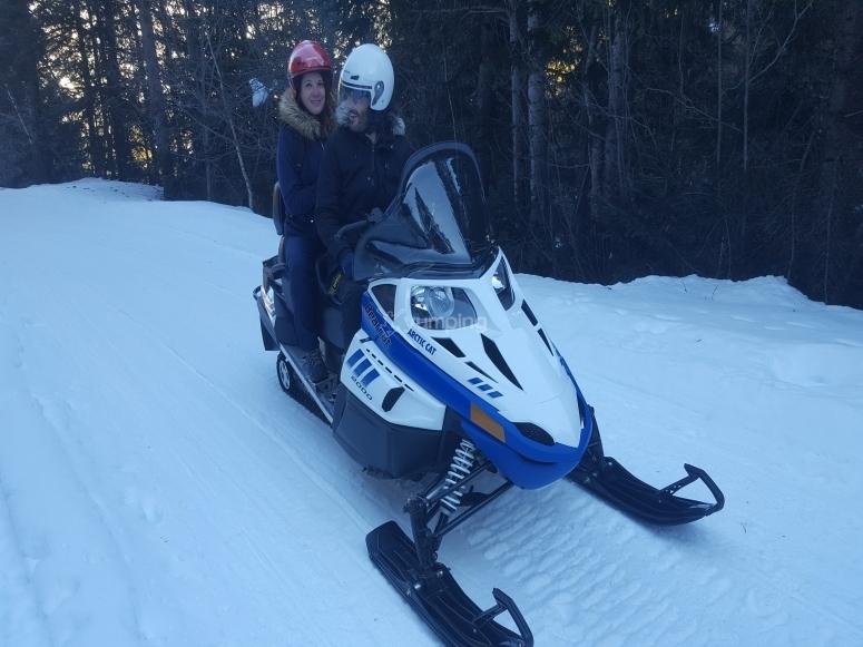 的双排雪地车-蒙加里双排雪地车路线