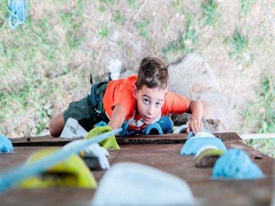 Tirolina y escalada en El Pont de Suert 30 minutos