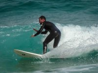 Bajando las olas de Playa el Muro