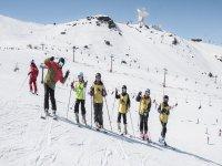 团体滑雪课程内华达山脉