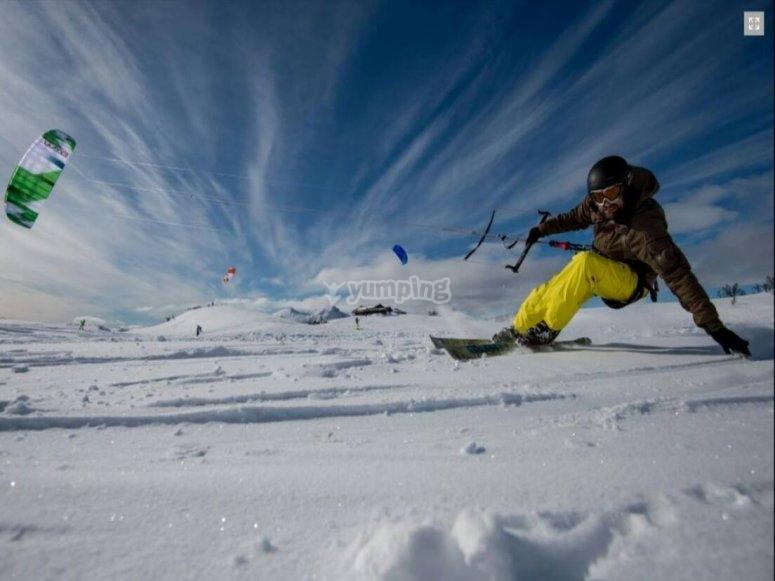 Aprendiendo snowkite en Andorra