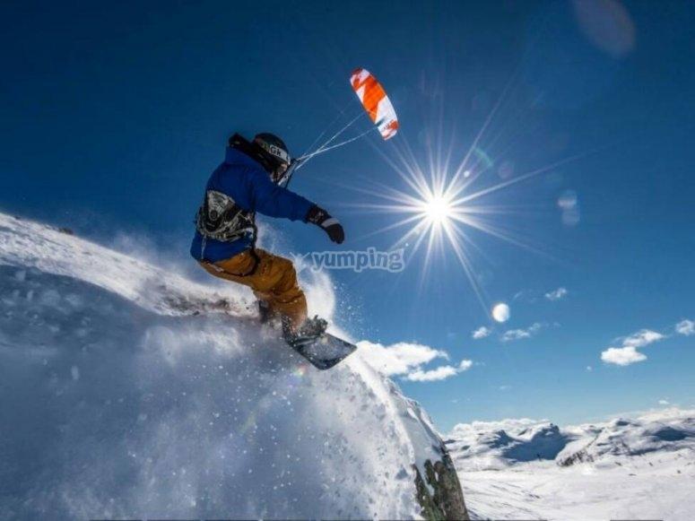 Pirueta en la nieve con la kite