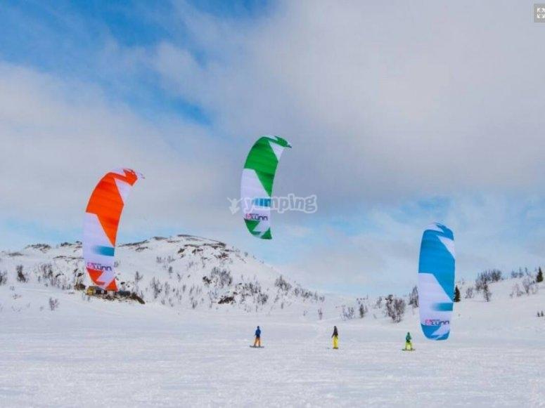 Snowkite en estacion de nieve