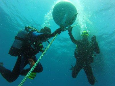 Alquiler de barco para bucear en la bahía de Palma
