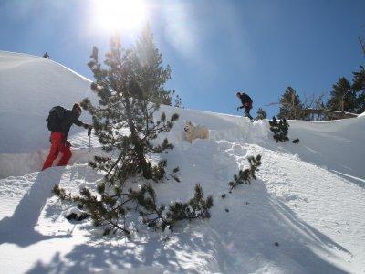 Ascenso con raquetas de nieve Huesca nivel medio