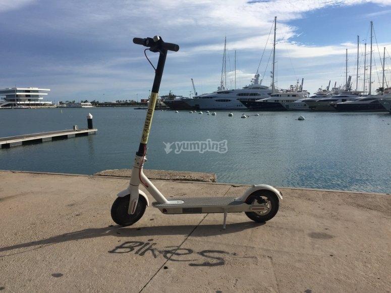 Valencia in scooter elettrico