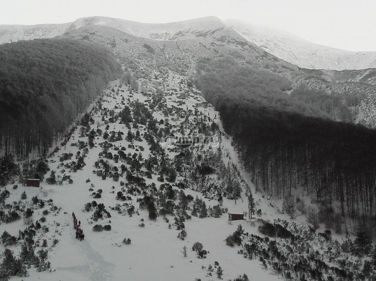 Snowy Mencilla Peak