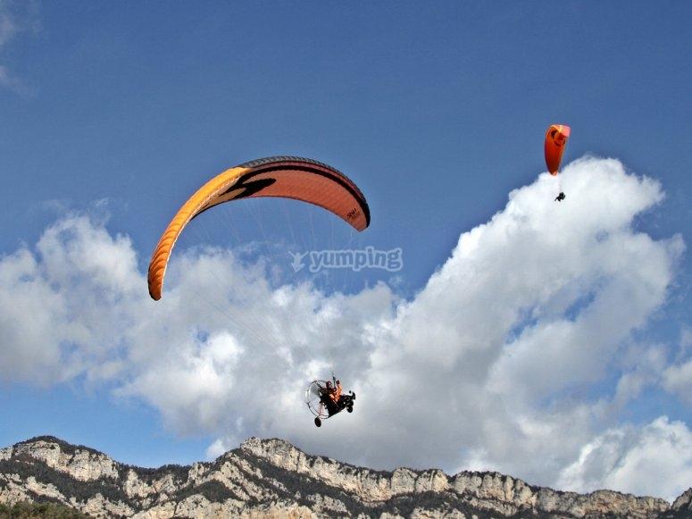 贝尔加动力伞-越野雪地上的三轮车-999
