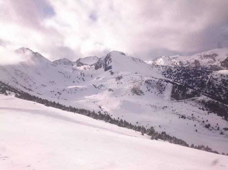 Vistas de la estacion de Espot Esqui
