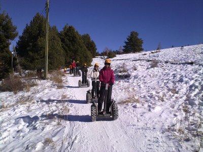 雪道的赛格威路线在La Molina 15分钟