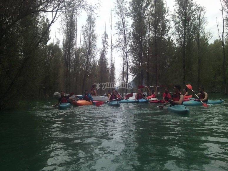 Dia en familia con canoas