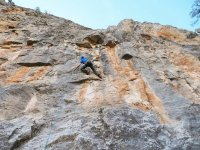 Climbing for beginners adults Montanejos 3h