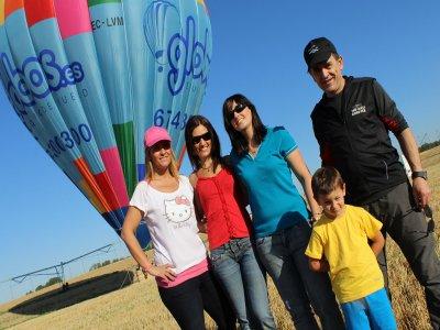 Volo in mongolfiera per bambini e pranzo a Huesca 1 h