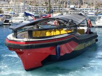 El taxiboat en puerto