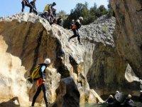 saltos en el barranco