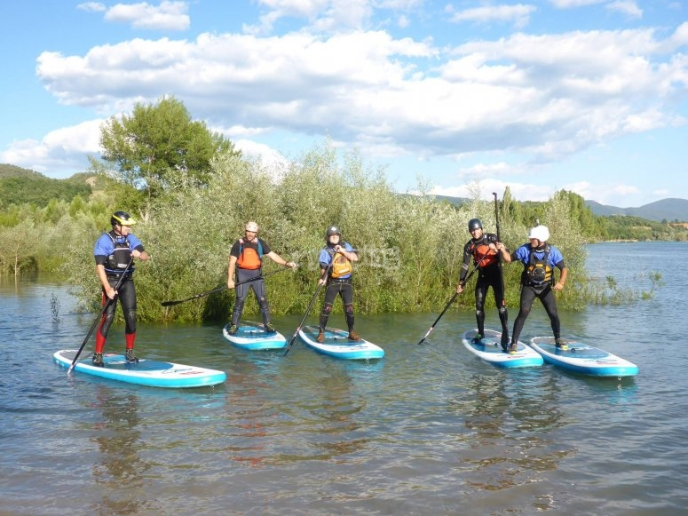 Salida de SUP en Lago Mediano