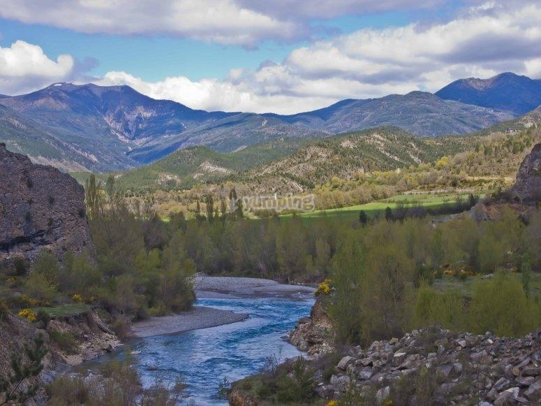 Atractivo paisaje de los Pirineos