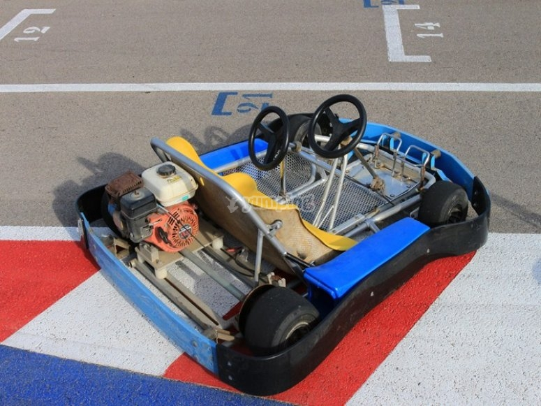 One of the karts of the circuit