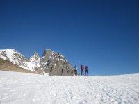 Esquí de travesía haciendo cumbre