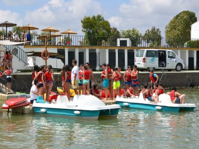90 min kayak and pedal boats for groups Cádiz
