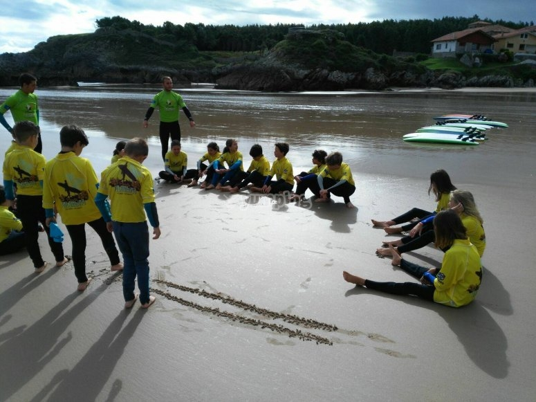 Surf lessons in Santoña