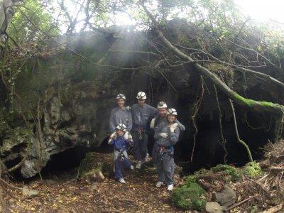 Speleologia per bambini a Pechón 2 ore