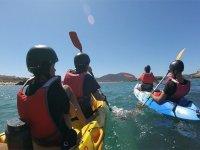 从诺贾海岸乘皮划艇出发