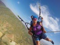 自由滑翔伞飞行