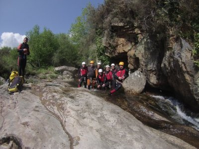 Canyoning for beginners 2 hours in river Sebrando