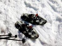 equipo de raquetas de nieve