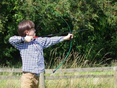 Giochi di tiro con l'arco per bambini a Ocitània