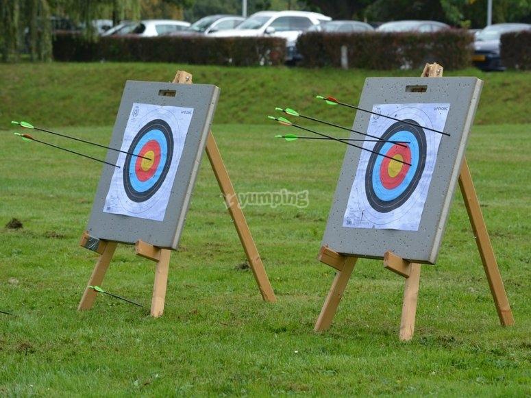 Diferentes juegos de tiro con arco