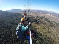 Paragliding 25 min across the mountains of Madrid