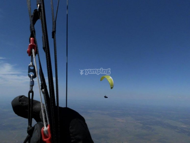 Fly on a paratrike over Extremadura