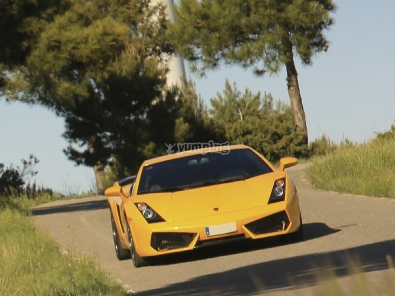 Lamborghini Gallardo in the route of Barcelona