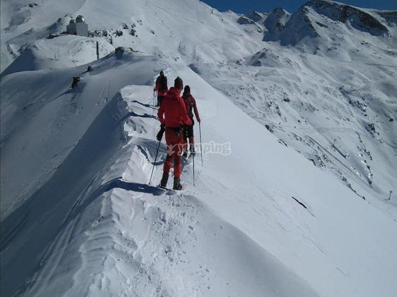 Cumbre raquetas de nieve