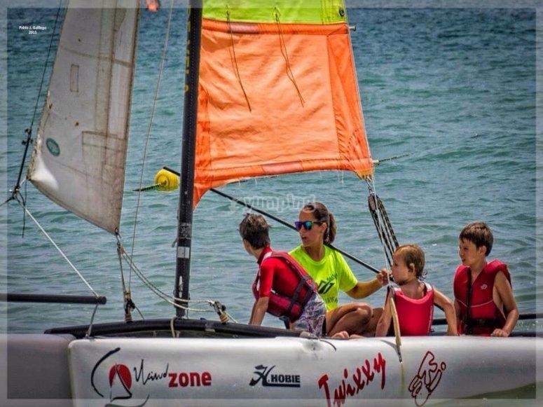 Actividades nauticas de navegacion en el mar