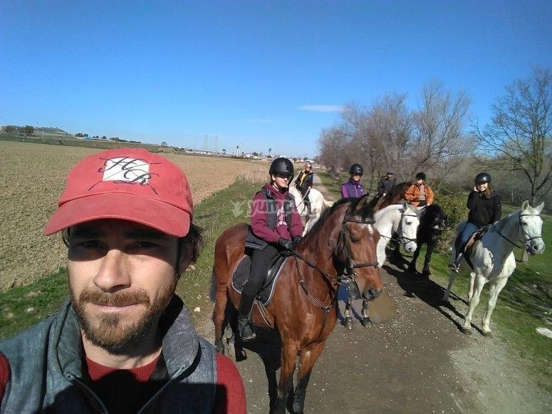 骑马自拍照