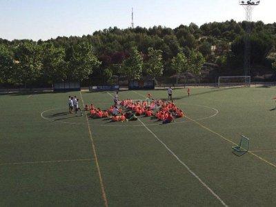校园低成本足球Moratalaz复活节