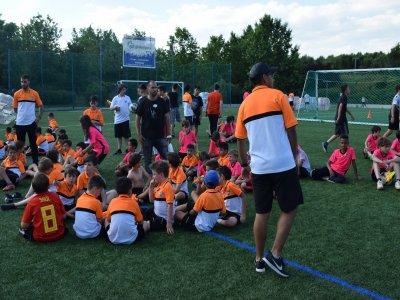 校园足球AlcaládeHenares 2天11小时