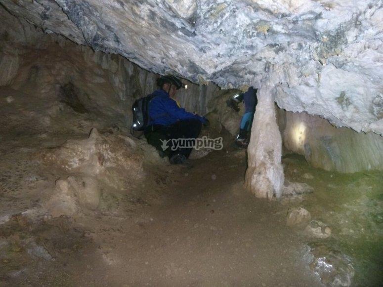 Dentro de la cueva de Fuensanta