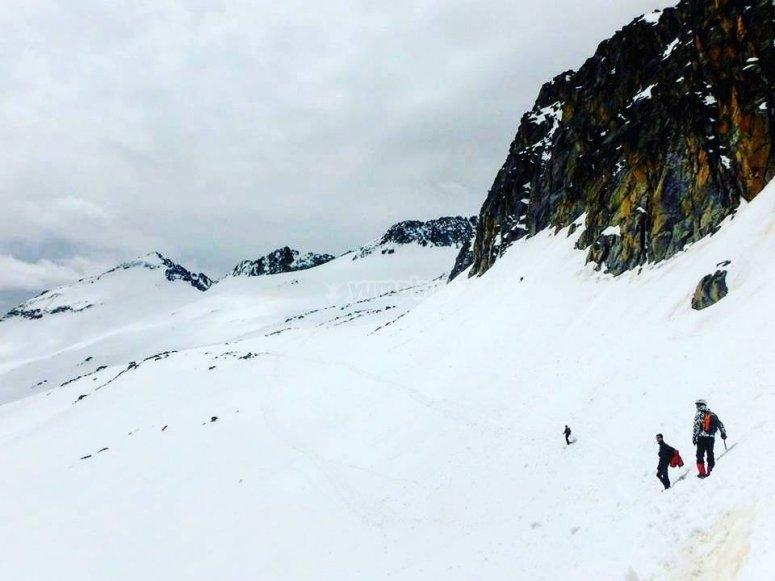 Salida con raquetas de nieve por Rasos de Peguera