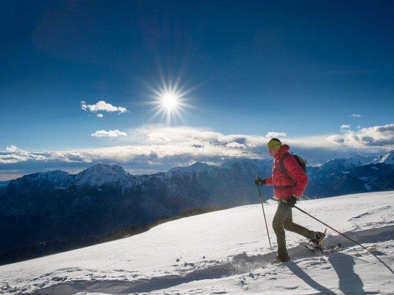 Conociendo bellos parajes nevados con raquetas de nieve