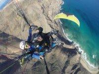 海岸滑翔伞