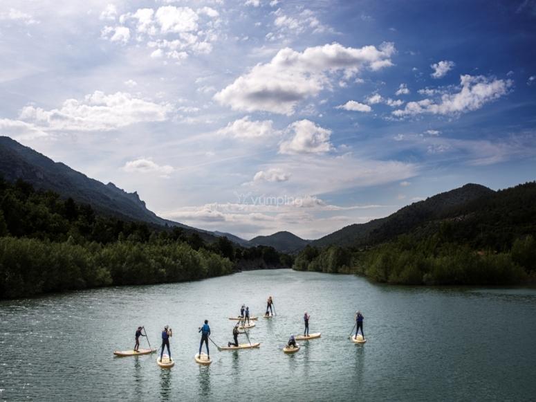 Grupo en el rio
