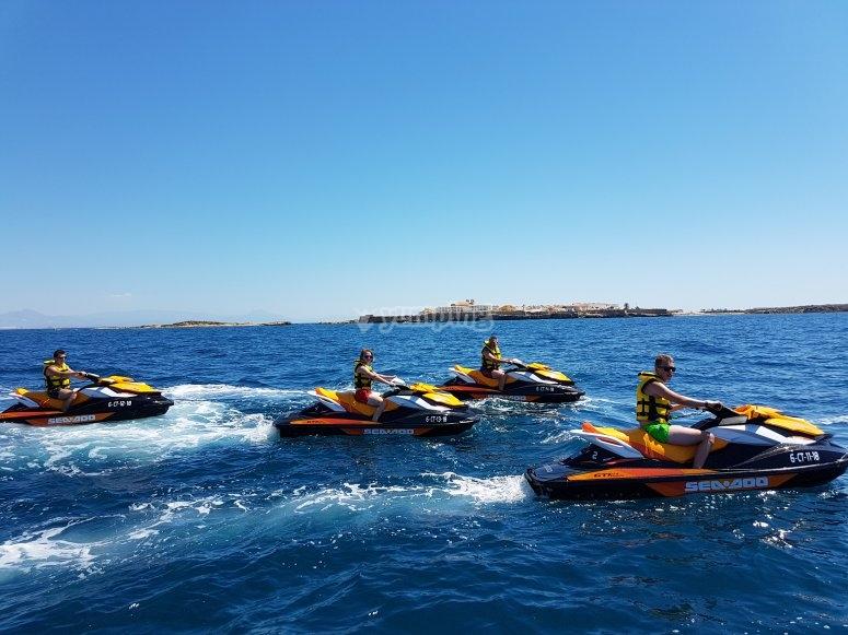 地中海摩托艇游览