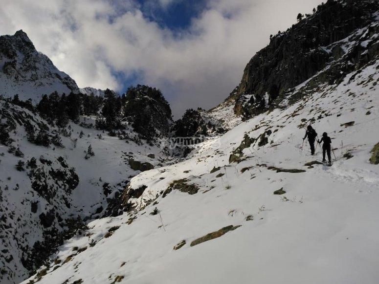 Route en raquettes à neige à Literola
