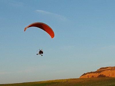 Paratrike acrobático y vídeo HD en Iriépal 25 min